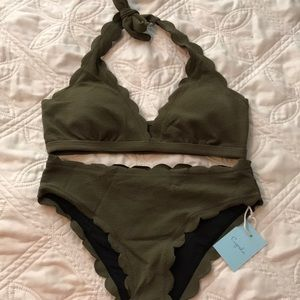 New with tags Cupshe swimsuit. Olive color.